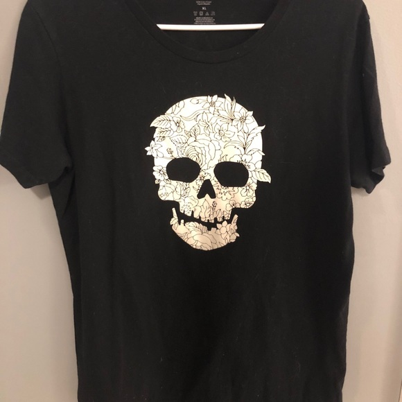 Reebok Tops Glow In The Dark Skull Tee Shirt Poshmark